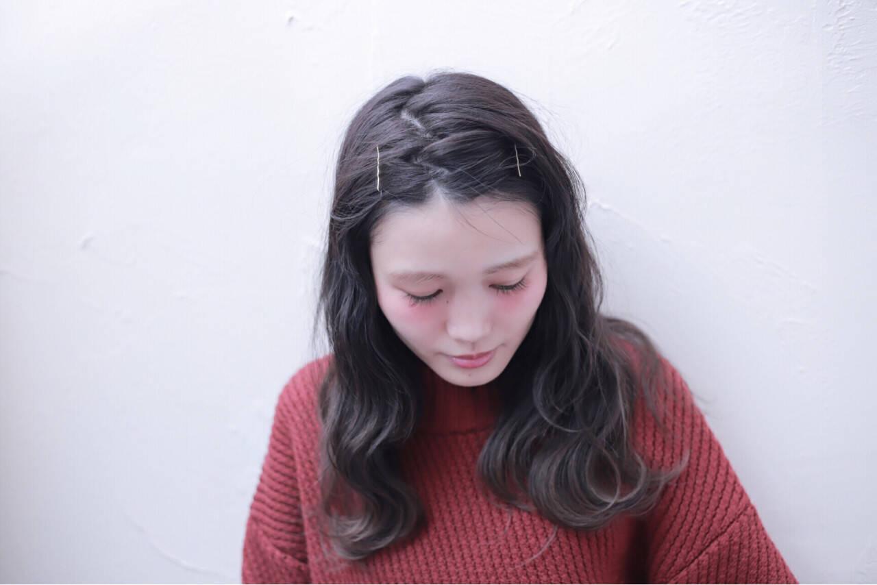 ナチュラル グラデーションカラー 暗髪 アッシュヘアスタイルや髪型の写真・画像