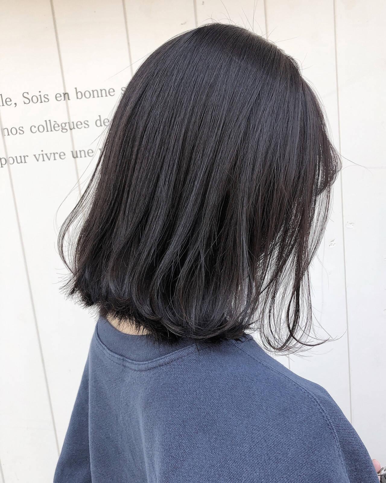 ウルフカット インナーカラー ベリーショート ショートボブヘアスタイルや髪型の写真・画像
