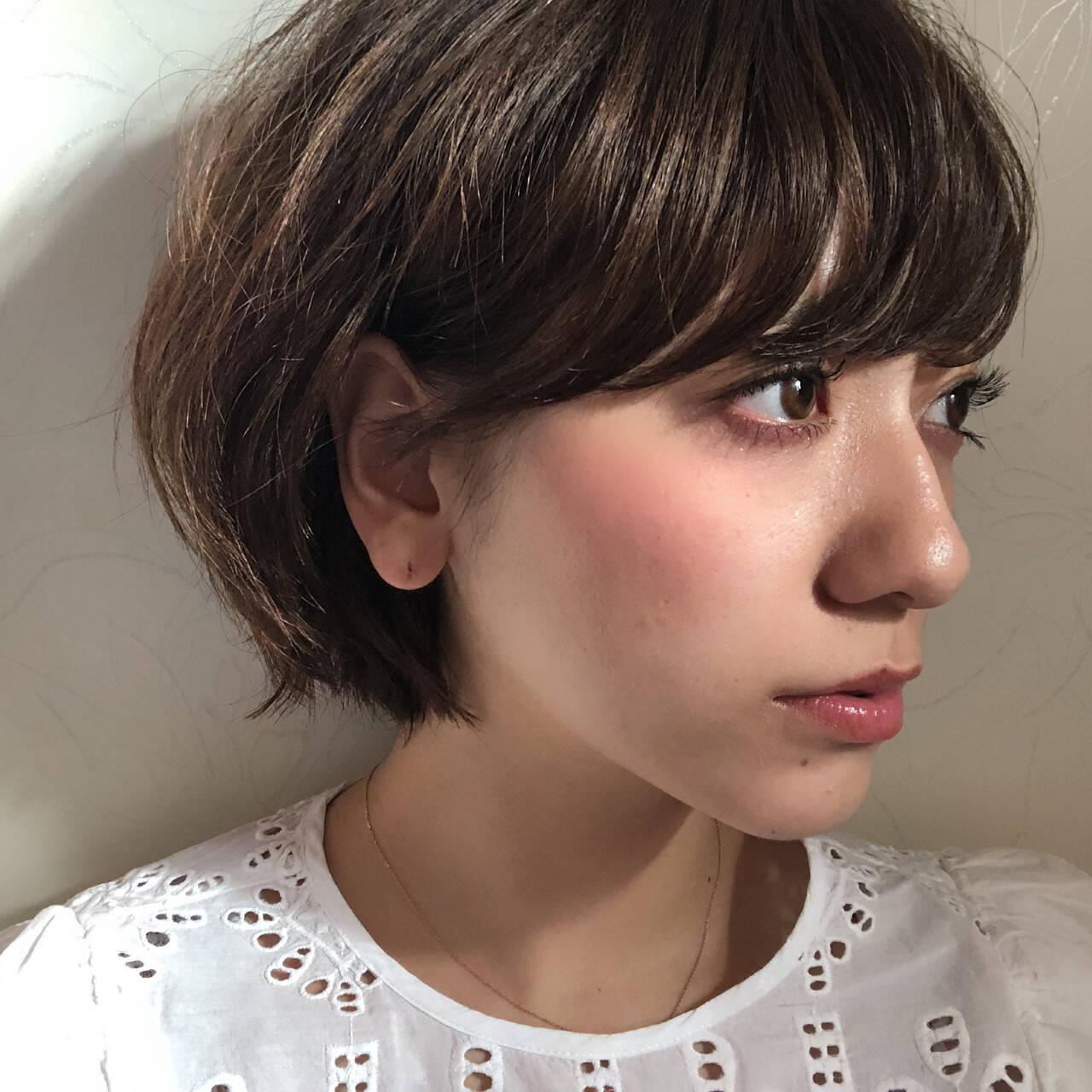 ショート ナチュラル 小顔 大人かわいいヘアスタイルや髪型の写真・画像