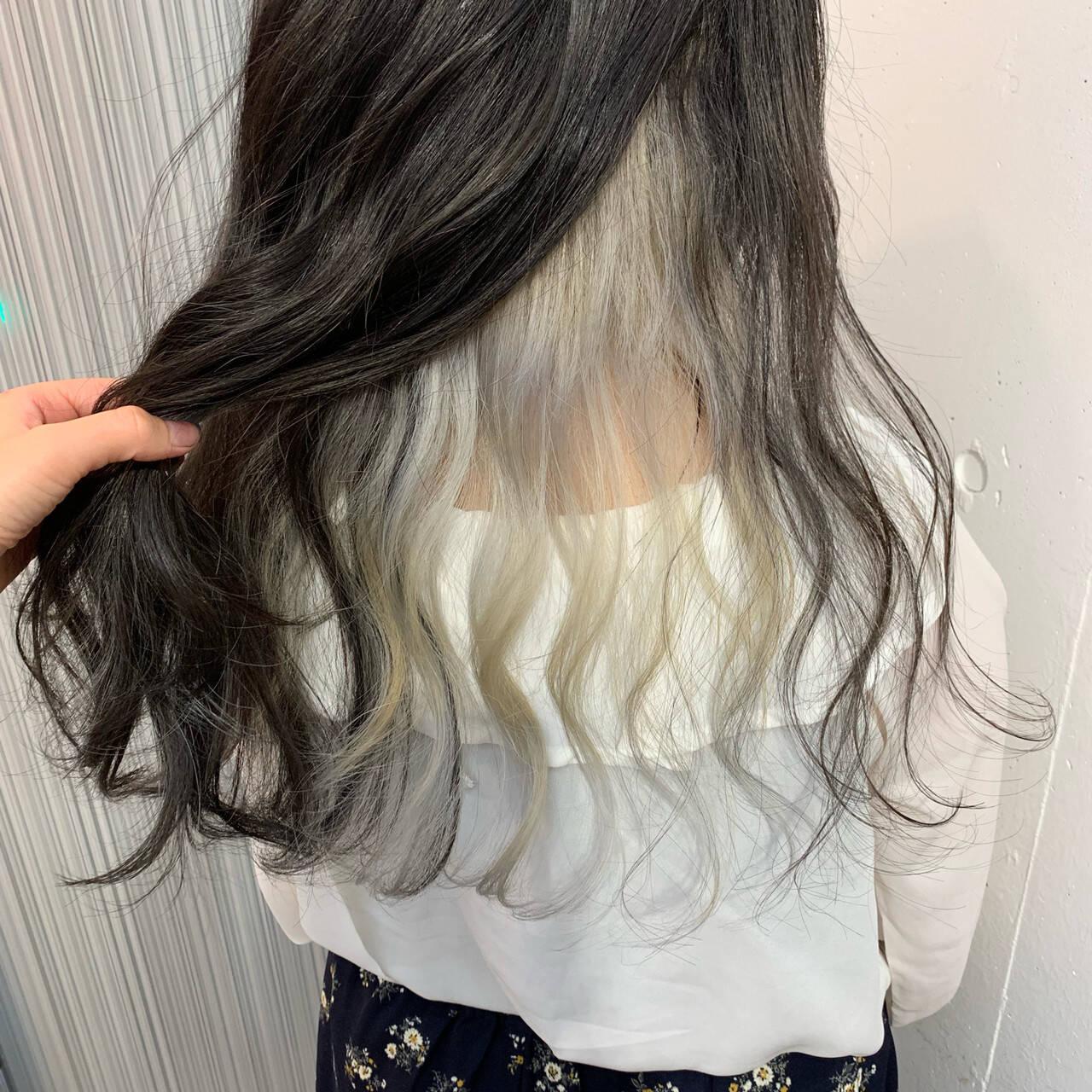 ガーリー インナーカラー インナーカラーグレージュ インナーカラーホワイトヘアスタイルや髪型の写真・画像