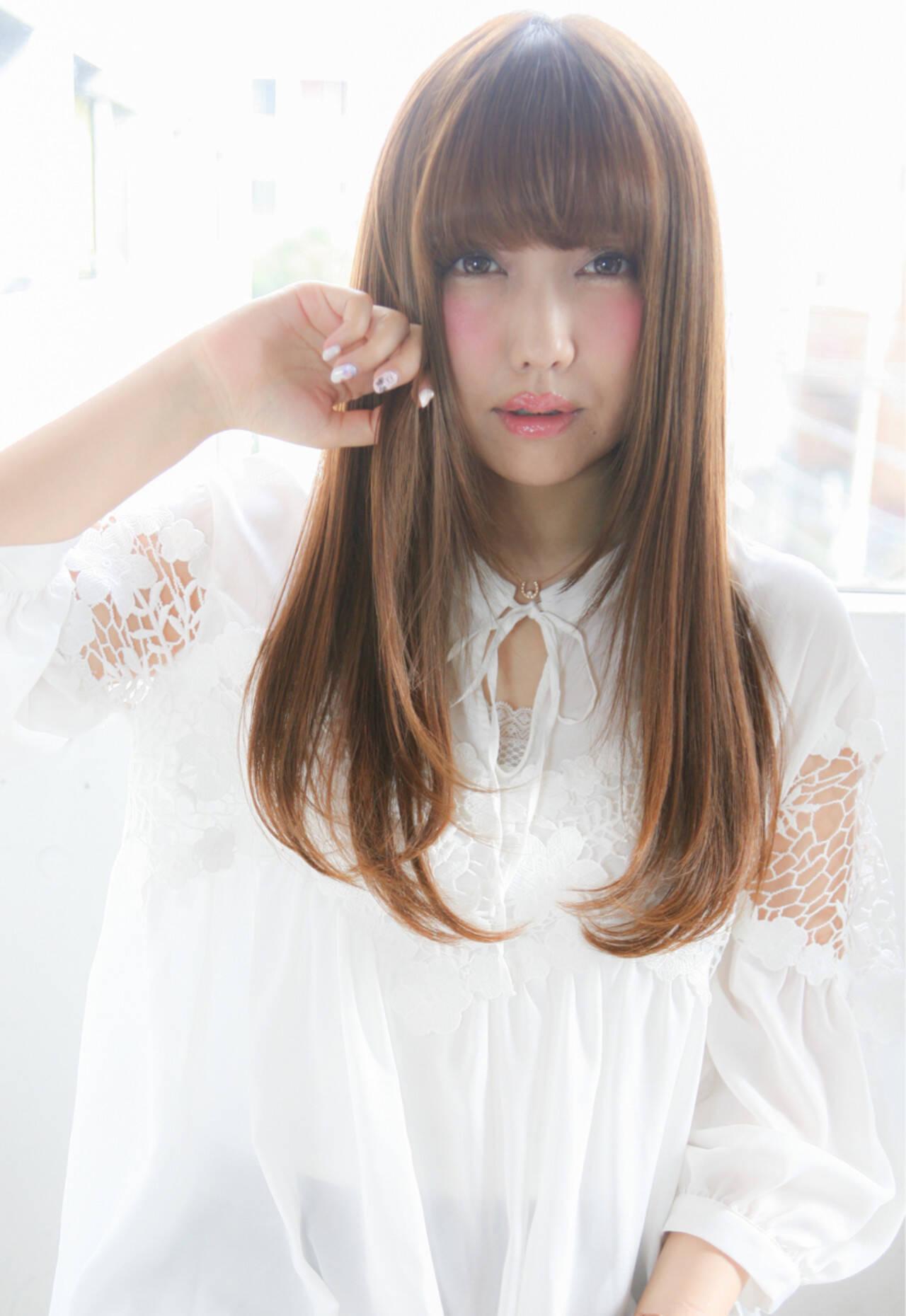 ハイライト パーマ ストレート 前髪ありヘアスタイルや髪型の写真・画像