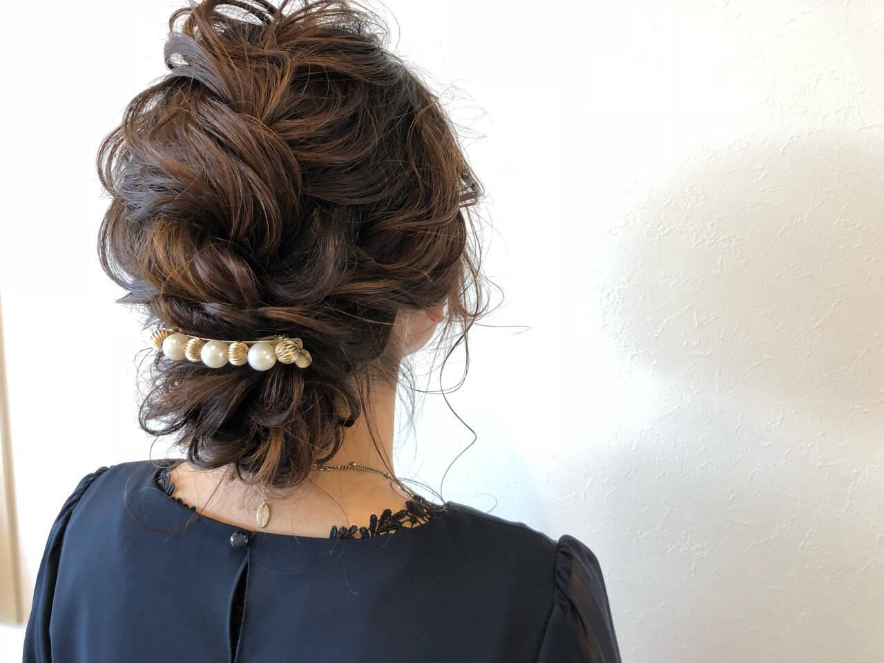 ナチュラル ママ 編み込み 結婚式ヘアスタイルや髪型の写真・画像