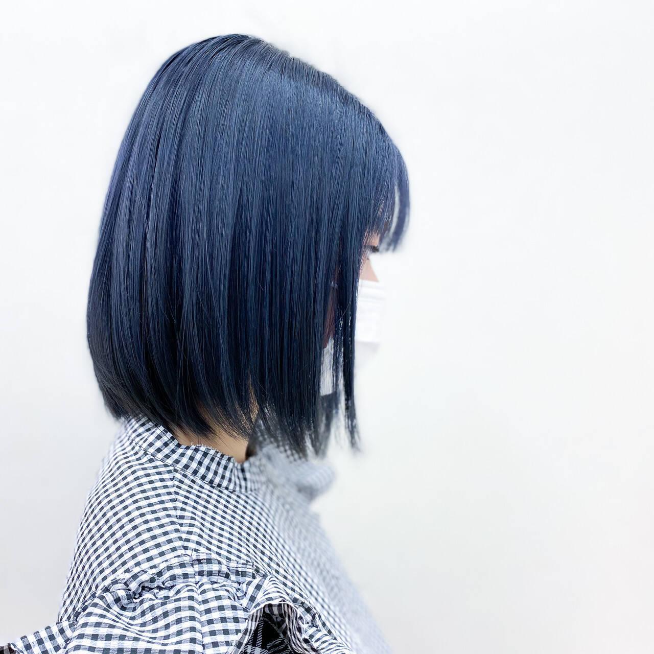 ネイビーカラー 透明感カラー 切りっぱなしボブ ボブヘアスタイルや髪型の写真・画像