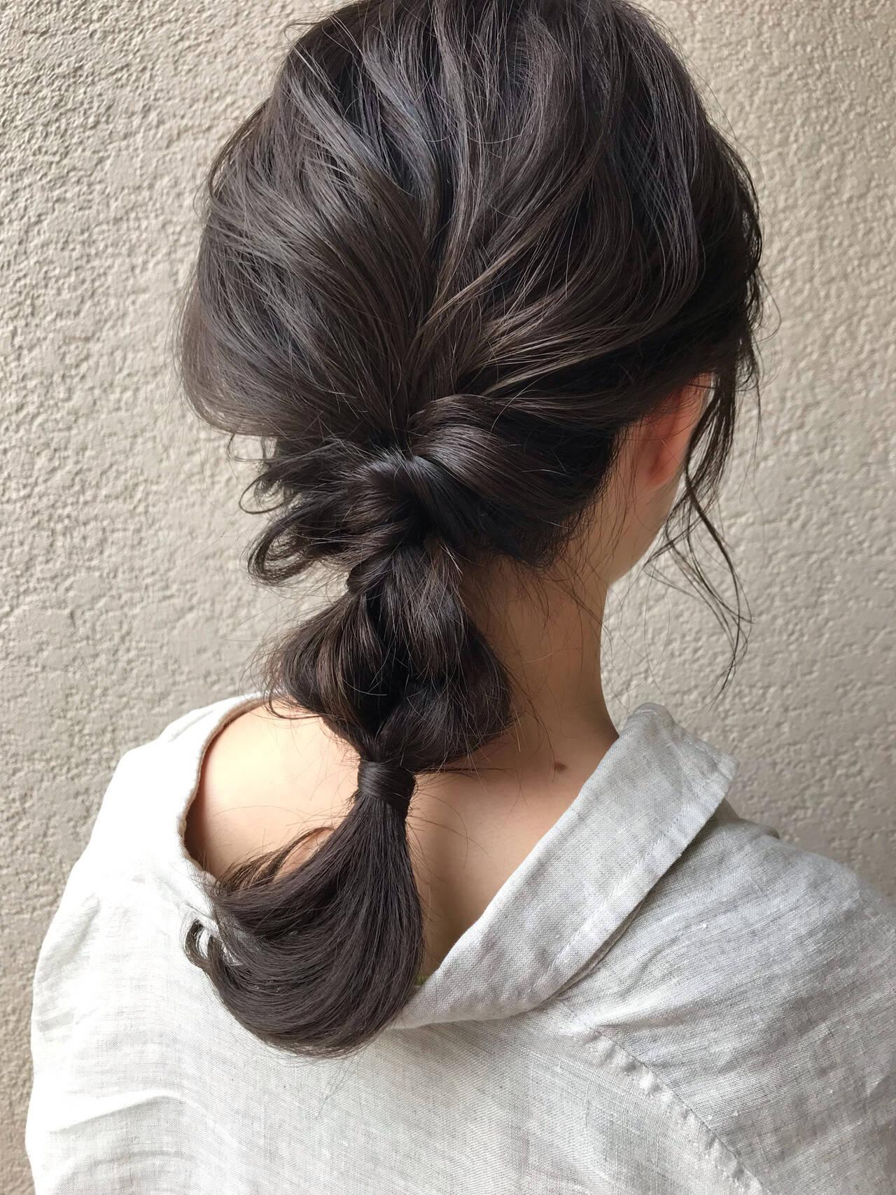 簡単ヘアアレンジ セミロング ナチュラル アウトドアヘアスタイルや髪型の写真・画像