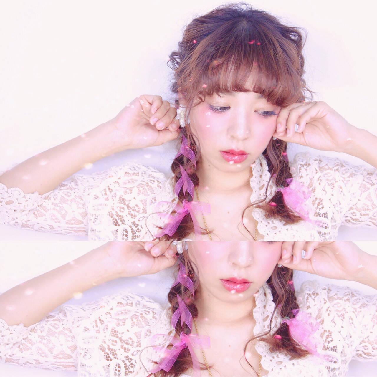 三つ編み ロング ガーリー ヘアアレンジヘアスタイルや髪型の写真・画像
