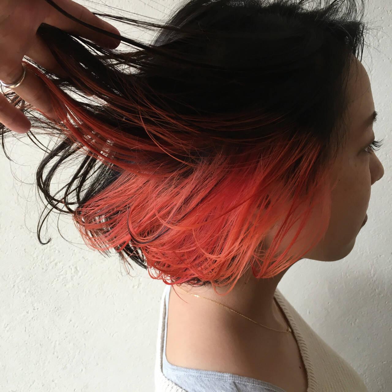 レッド 黒髪 上品 ボブヘアスタイルや髪型の写真・画像