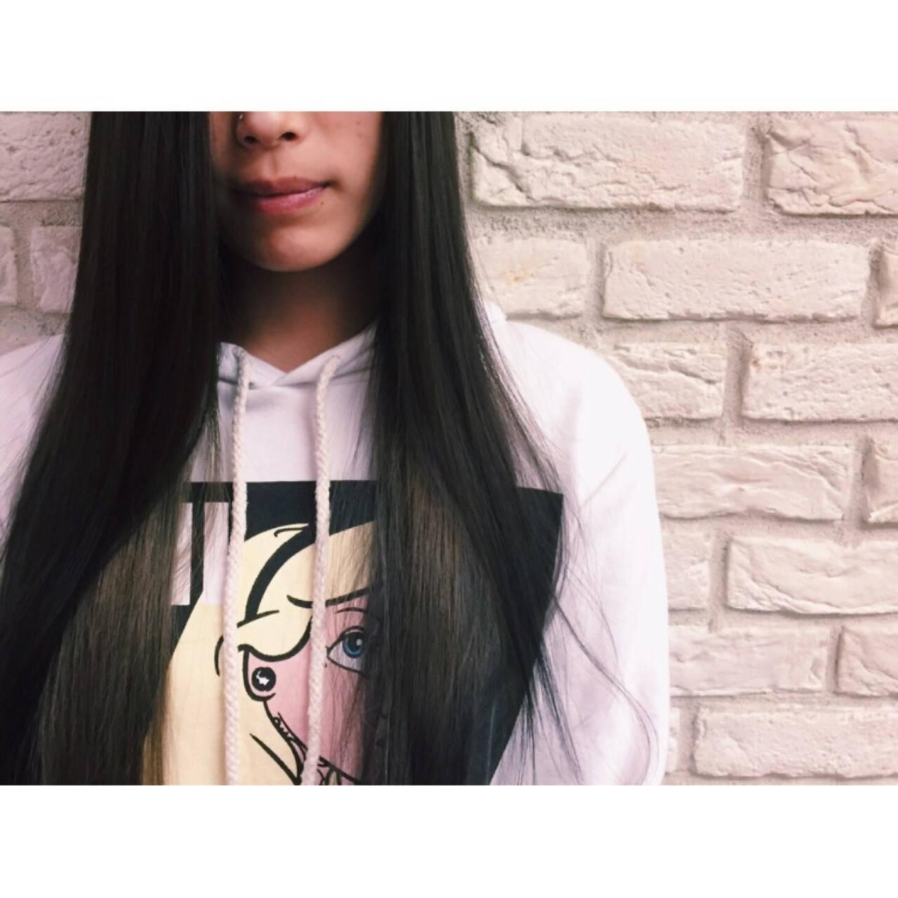 インナーカラー グレージュ ストリート 暗髪ヘアスタイルや髪型の写真・画像