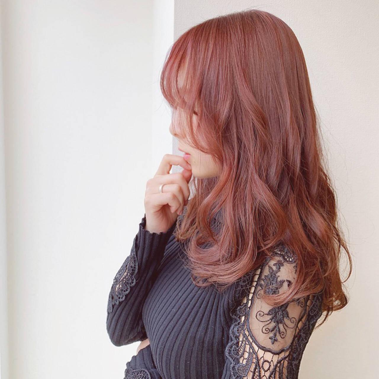 ラズベリーピンク セミロング ピンク 大人可愛いヘアスタイルや髪型の写真・画像