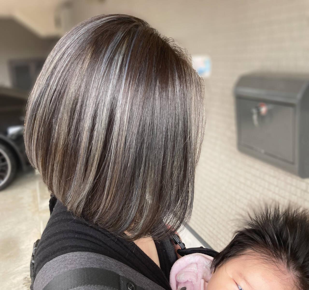 グレージュ ストリート ミルクティーベージュ ミディアムヘアスタイルや髪型の写真・画像