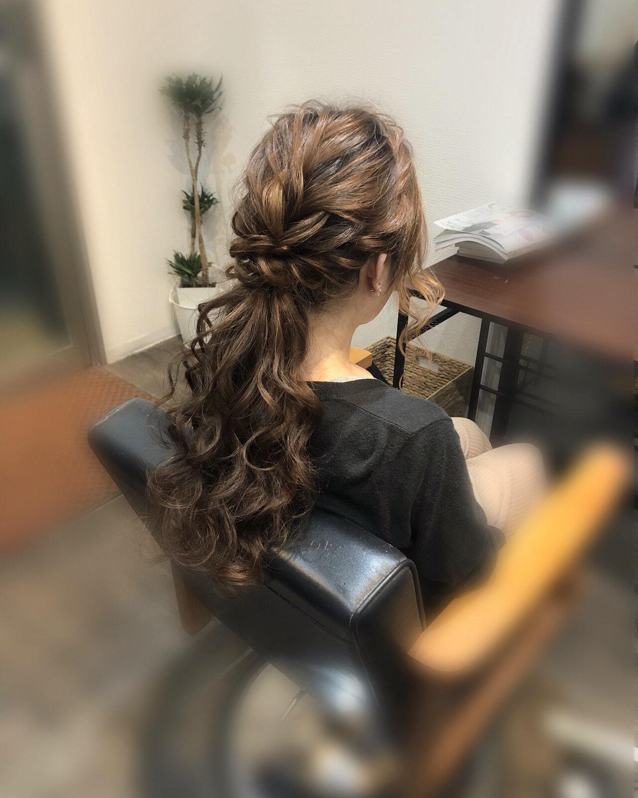 ローポニーテール ローポニー フェミニン ロングヘアスタイルや髪型の写真・画像