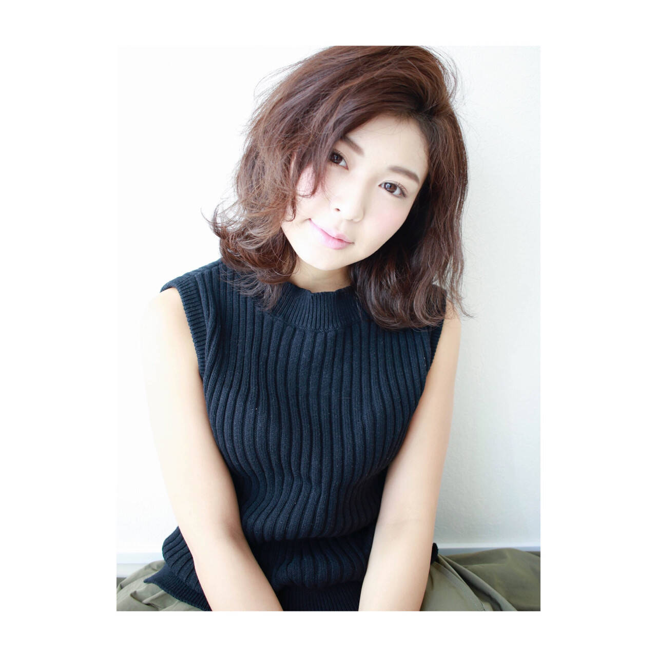 冬 外国人風 ナチュラル 前髪ありヘアスタイルや髪型の写真・画像