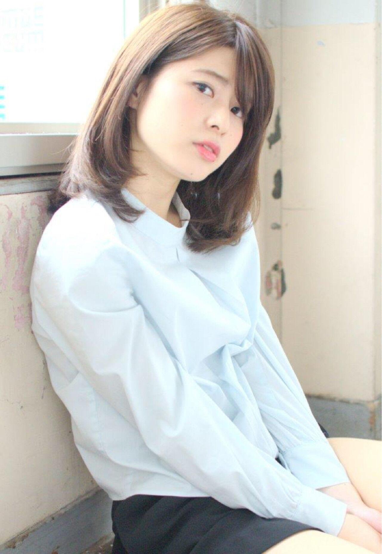 暗髪 ストレート ミディアム 大人かわいいヘアスタイルや髪型の写真・画像