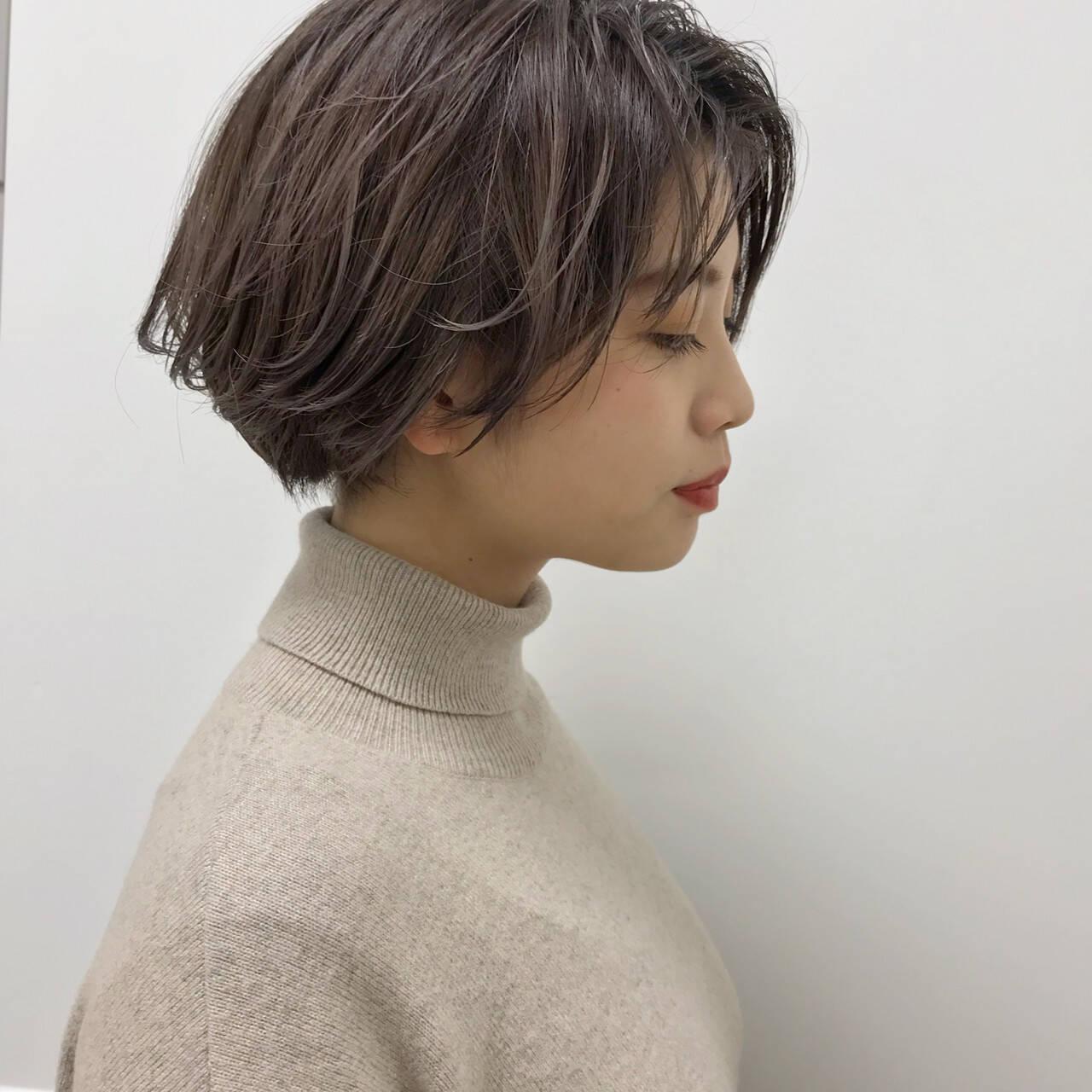 グレージュ ナチュラル 福岡市 ショートヘアスタイルや髪型の写真・画像