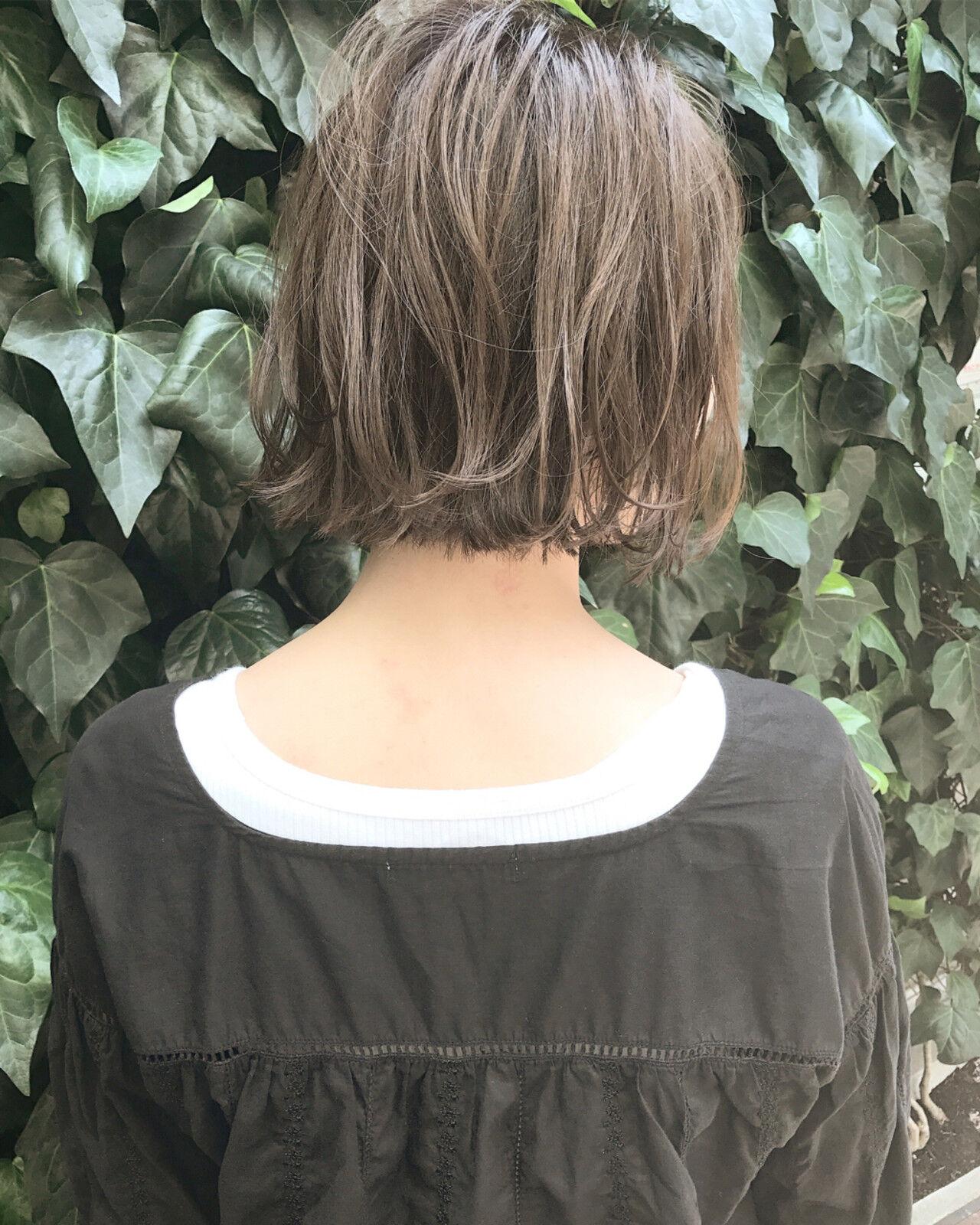 ハイライト 外ハネ ボブ 透明感ヘアスタイルや髪型の写真・画像