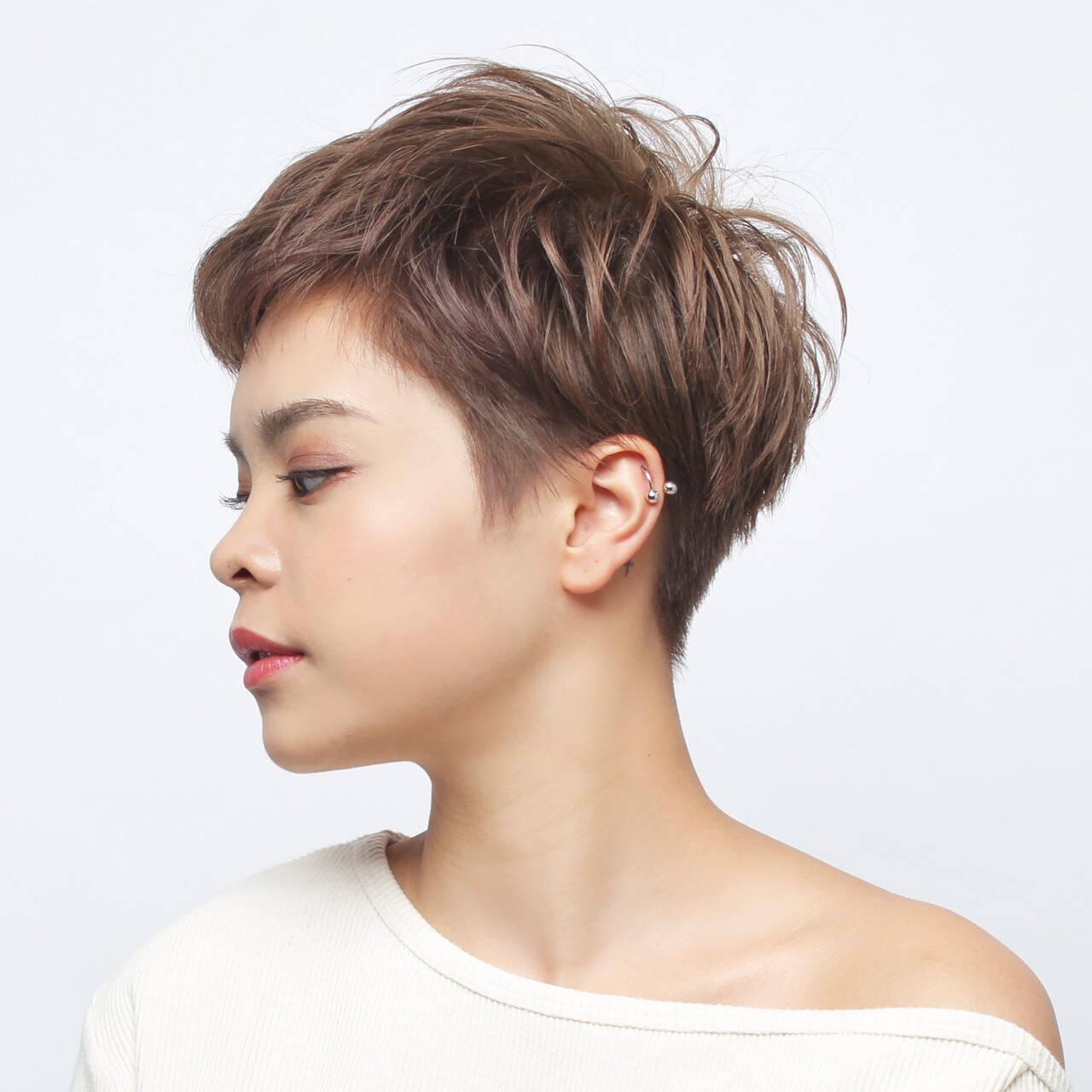 アウトドア ショート ナチュラル スポーツヘアスタイルや髪型の写真・画像