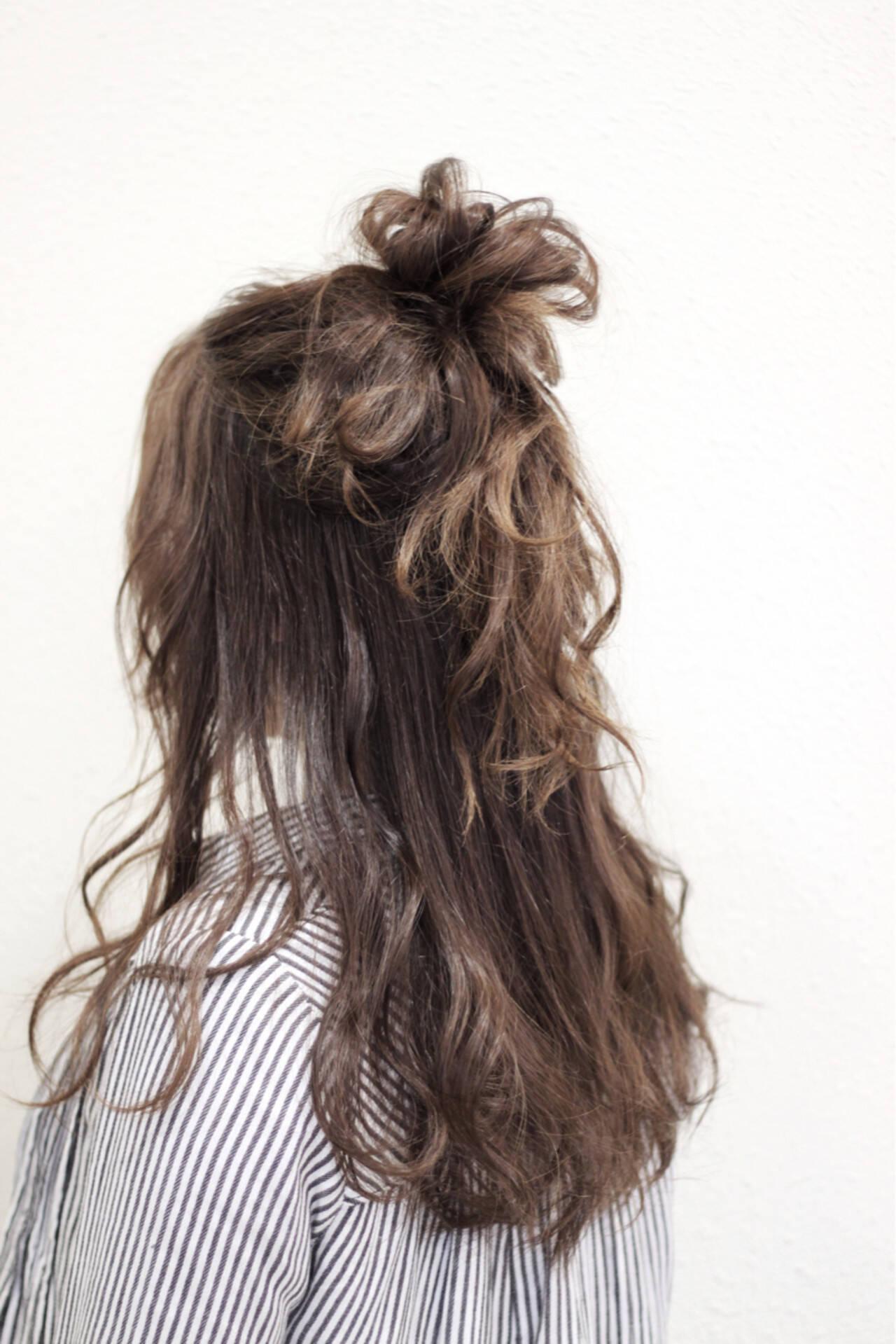二次会 ヘアアレンジ ロング ナチュラルヘアスタイルや髪型の写真・画像