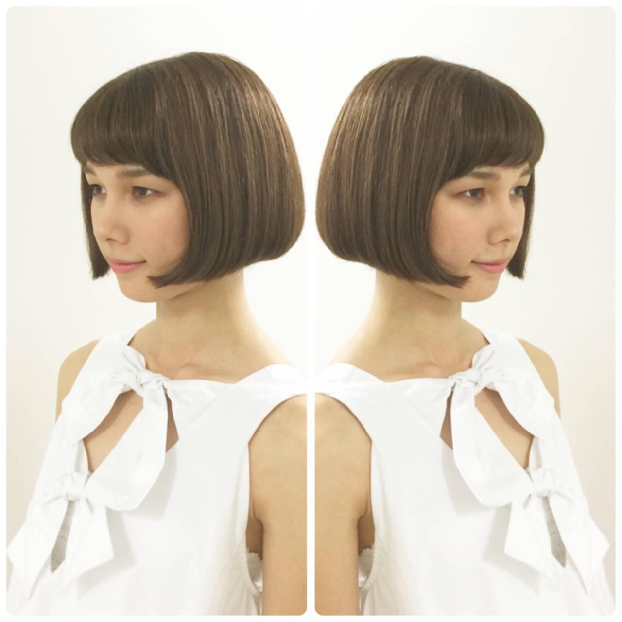 ショートバング ナチュラル ボブ ラインショートヘアスタイルや髪型の写真・画像