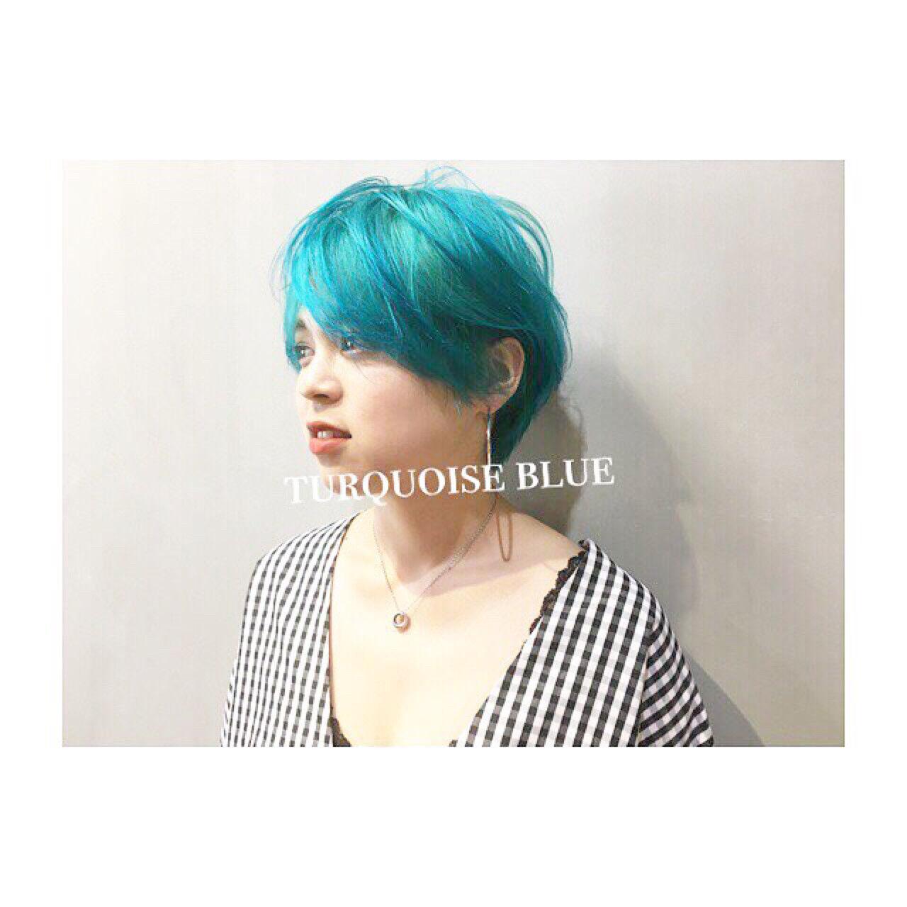 ストリート 涼しげ 色気 グレーアッシュヘアスタイルや髪型の写真・画像