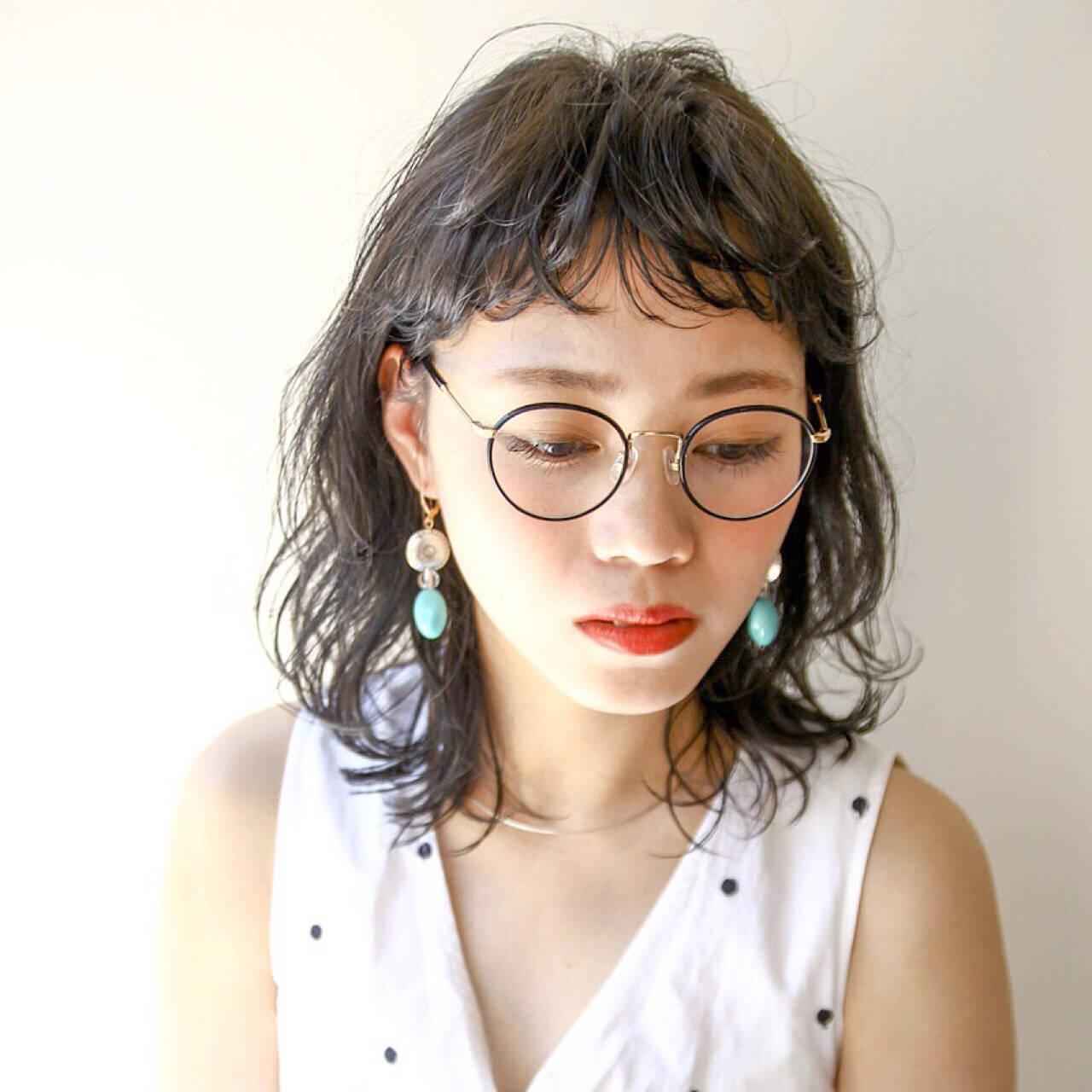 黒髪 ガーリー ミディアム リラックスヘアスタイルや髪型の写真・画像