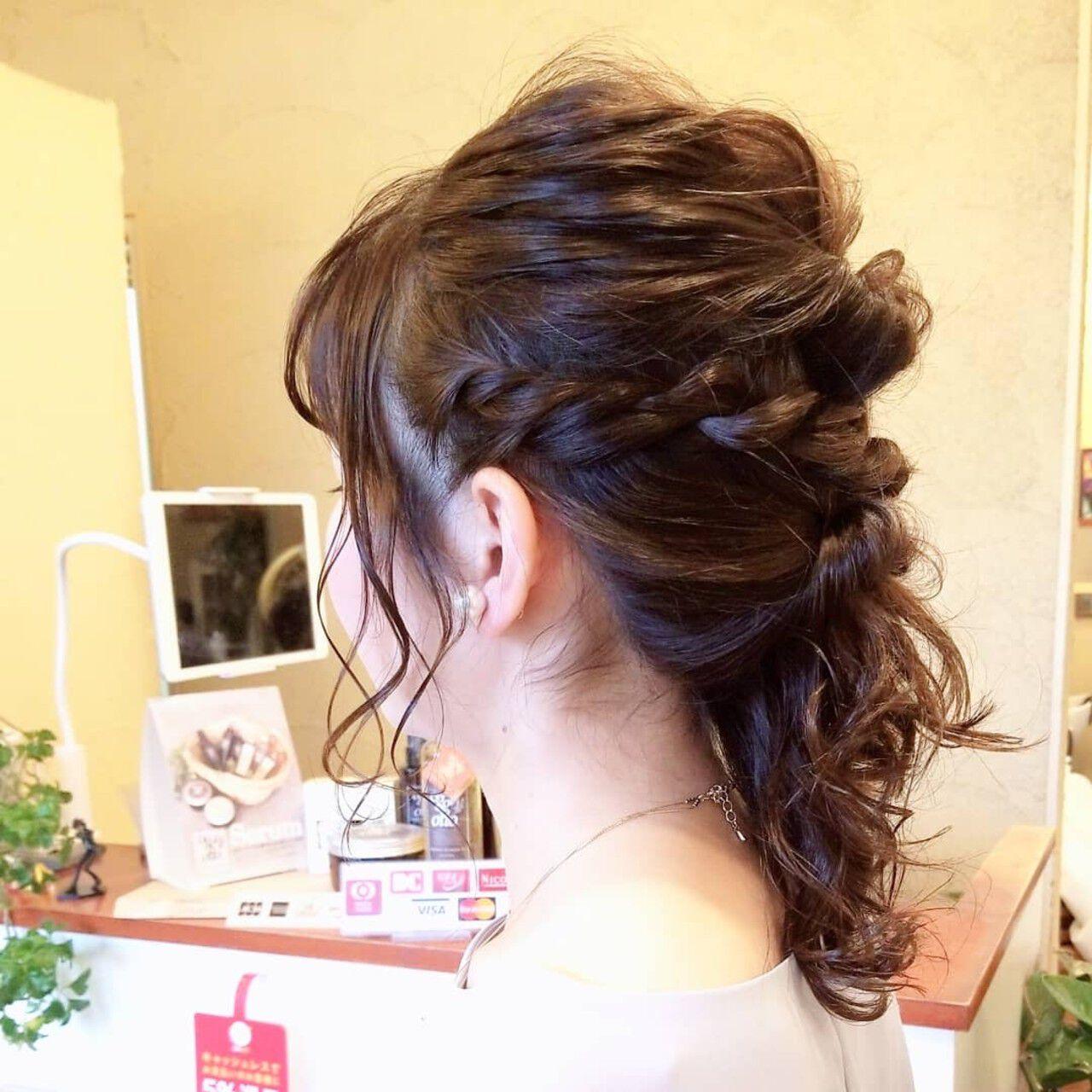ヘアアレンジ アディクシーカラー N.オイル ロープ編みヘアスタイルや髪型の写真・画像