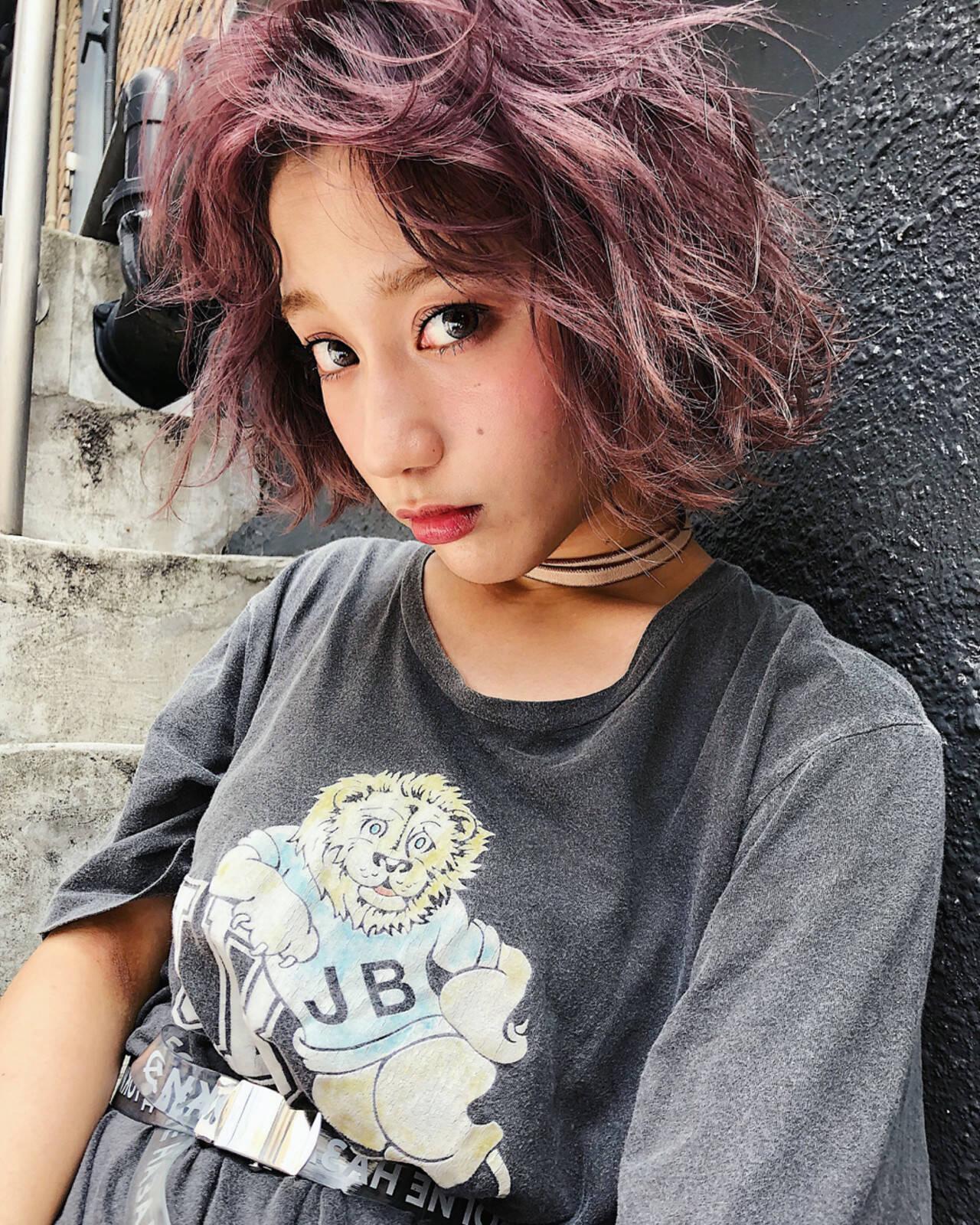 外国人風カラー 透明感 ラベンダーアッシュ ストリートヘアスタイルや髪型の写真・画像