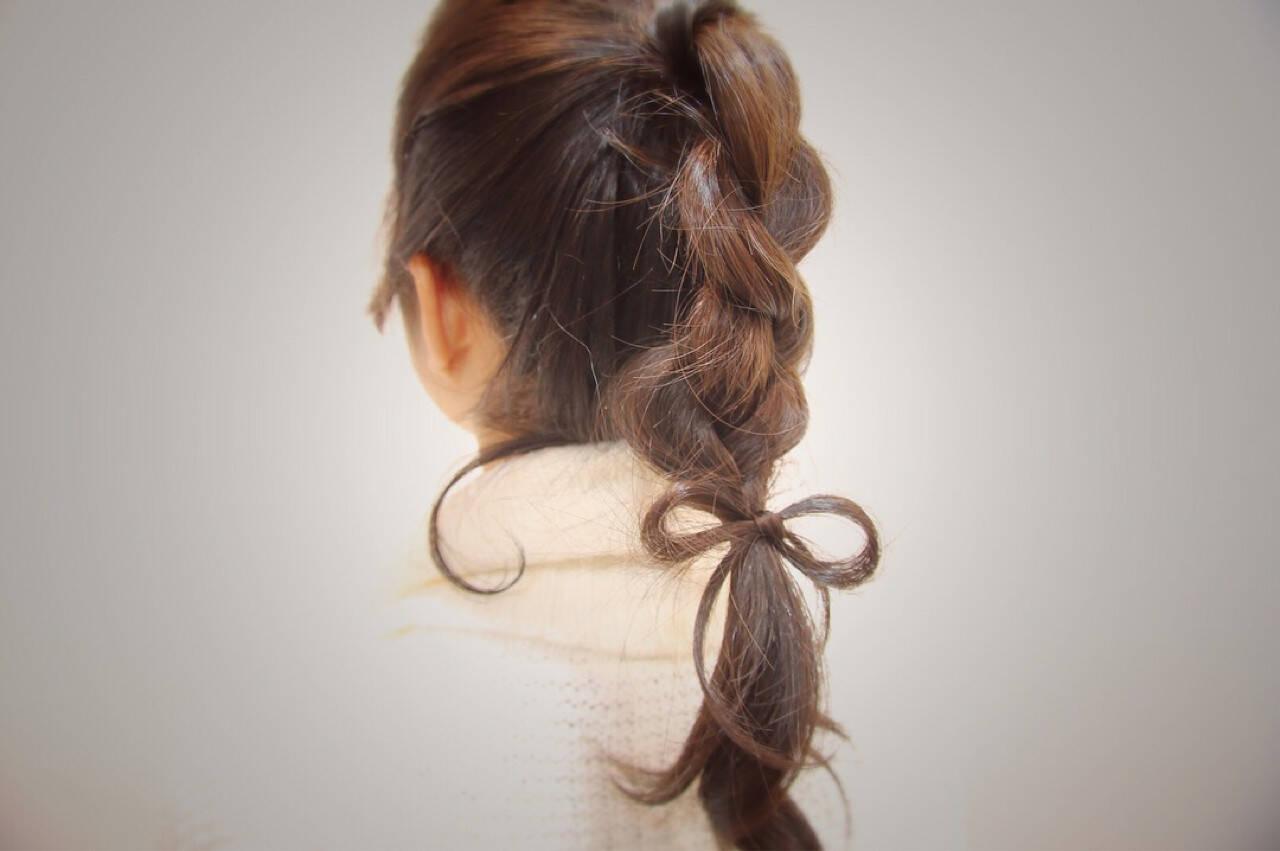 セミロング 三つ編み ポニーテール ヘアアレンジヘアスタイルや髪型の写真・画像