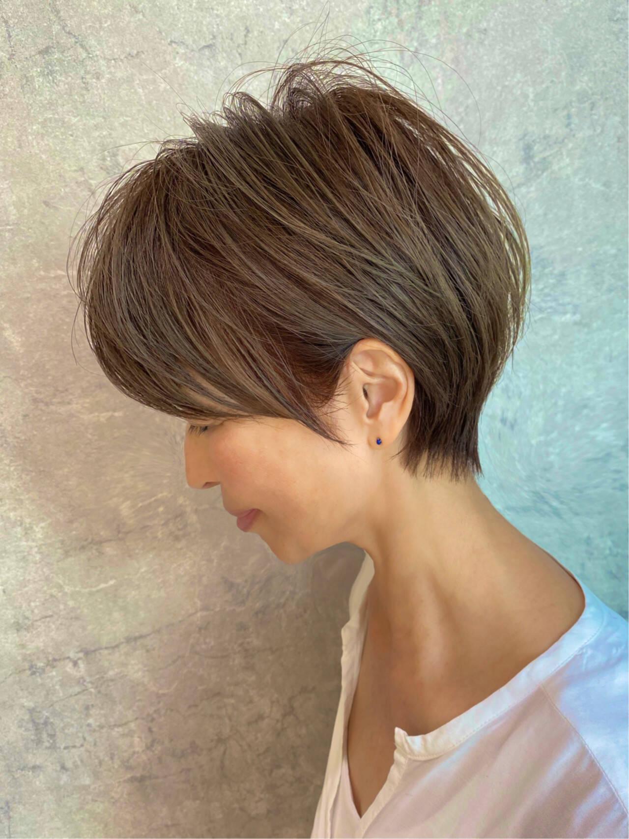 ショート ハイライト ショートヘア ナチュラルヘアスタイルや髪型の写真・画像