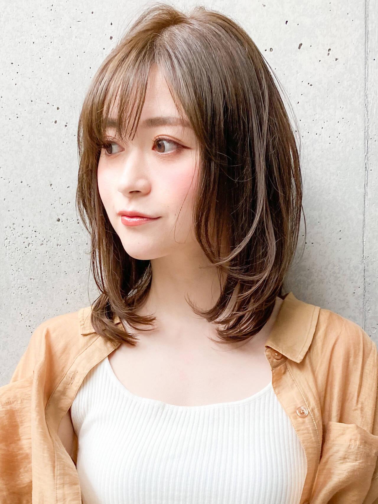 ナチュラル デジタルパーマ レイヤースタイル ゆるふわパーマヘアスタイルや髪型の写真・画像