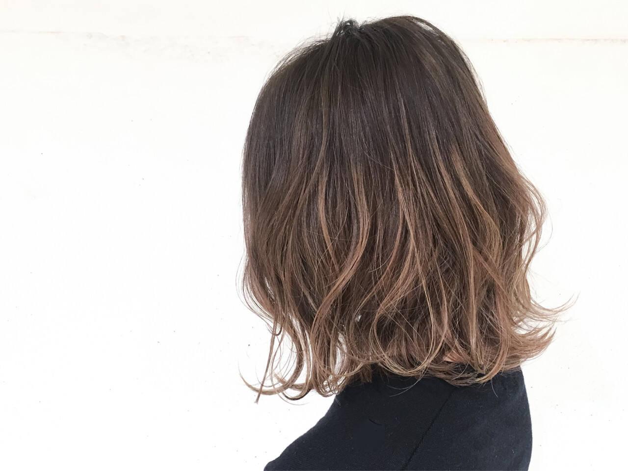 ストリート 色気 小顔 ハイライトヘアスタイルや髪型の写真・画像