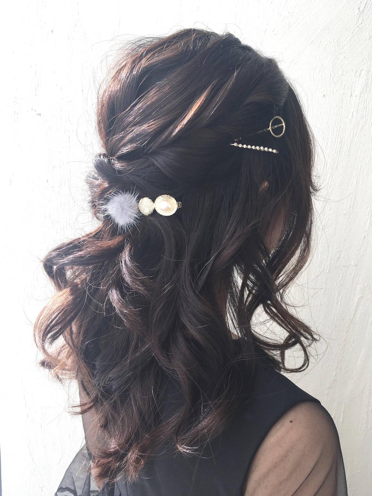 セミロング ハーフアップ ヘアアレンジ 簡単ヘアアレンジヘアスタイルや髪型の写真・画像