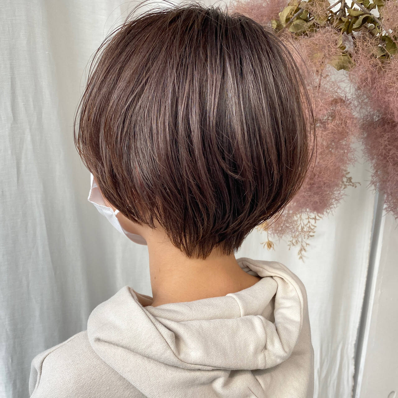 大人ショート ショートヘア ハンサムショート ナチュラルヘアスタイルや髪型の写真・画像