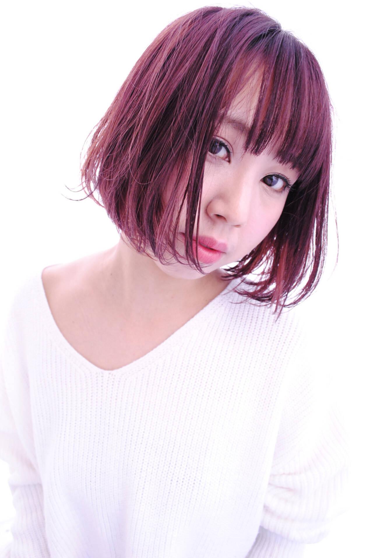 ベリーピンク こなれ感 ボブ レッドヘアスタイルや髪型の写真・画像