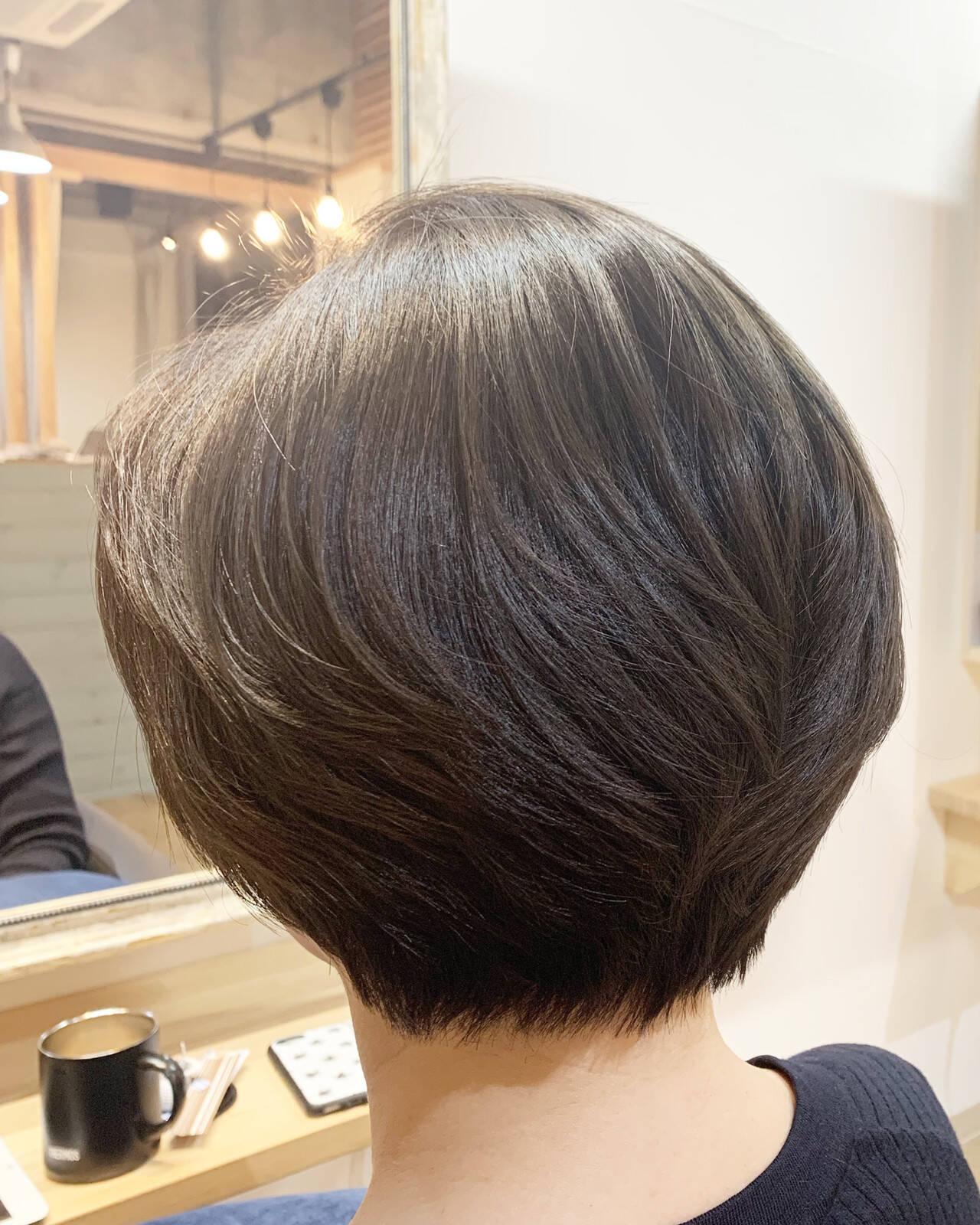 ショートヘア エレガント ボブ ショートボブヘアスタイルや髪型の写真・画像