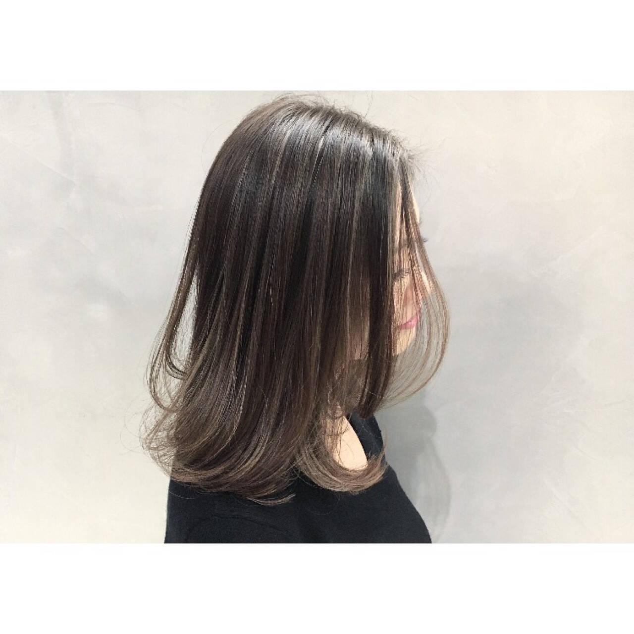 外国人風カラー 色気 ボブ グレージュヘアスタイルや髪型の写真・画像
