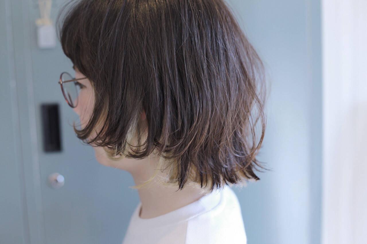 ボブ インナーカラー ストリート マッシュヘアスタイルや髪型の写真・画像