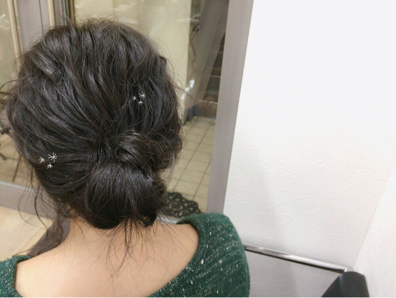 アッシュ ショート 波ウェーブ 簡単ヘアアレンジヘアスタイルや髪型の写真・画像
