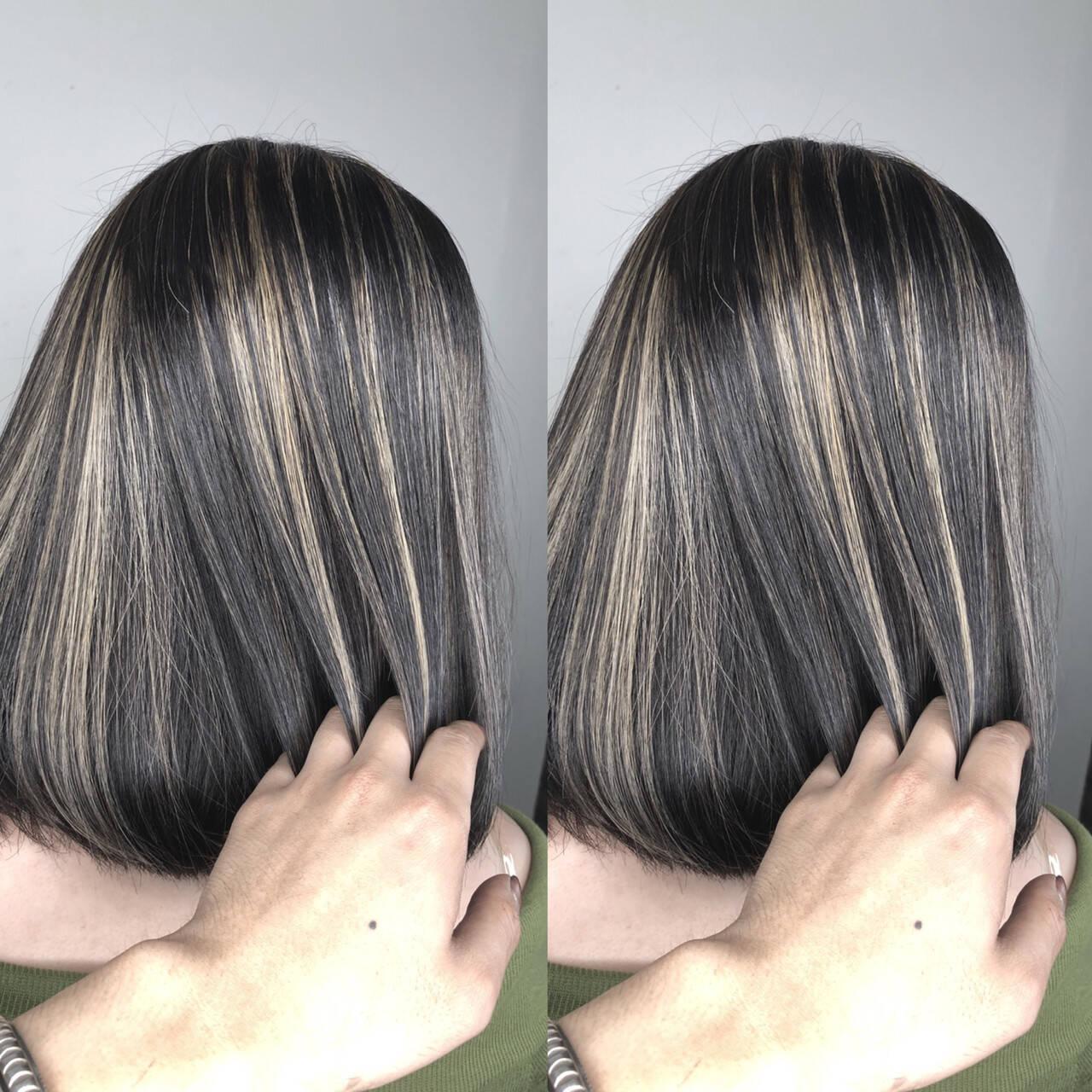 ショートボブ グラデーションカラー ハイライト グレージュヘアスタイルや髪型の写真・画像