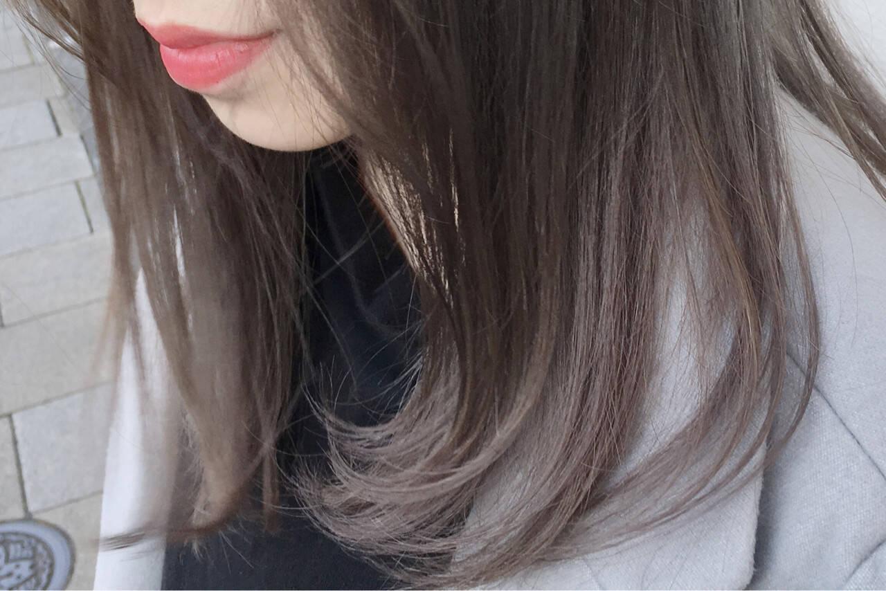 ホワイトアッシュ ホワイト ベージュ ミルクティーヘアスタイルや髪型の写真・画像