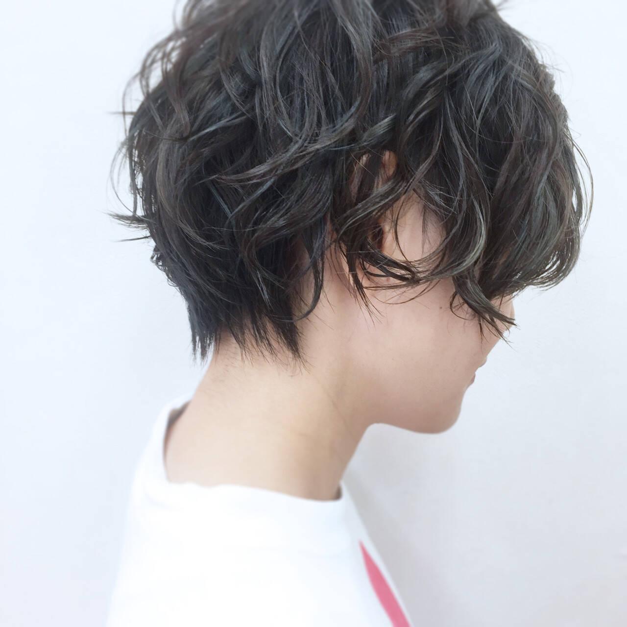 ハイライト リラックス ハイトーン ストリートヘアスタイルや髪型の写真・画像
