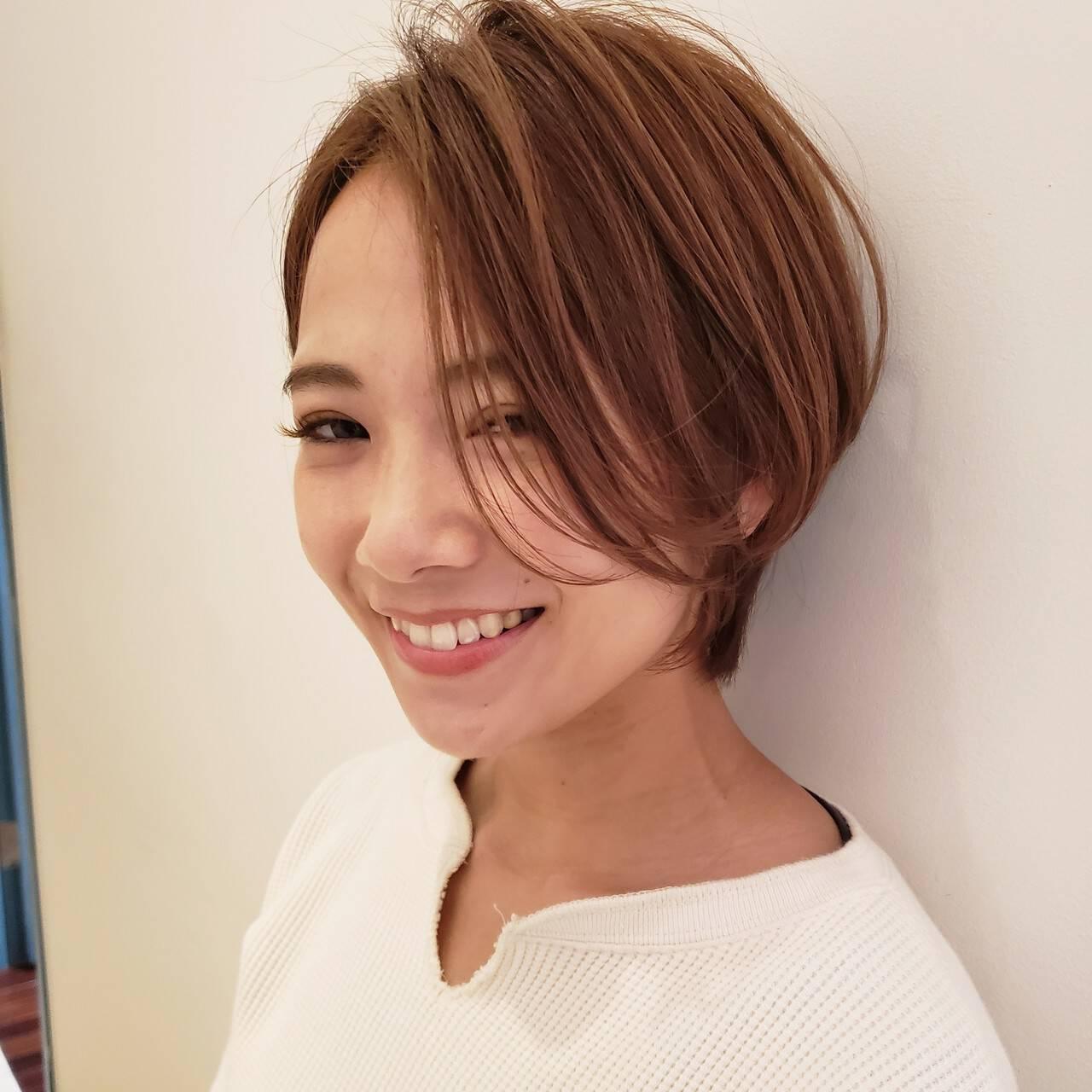 簡単ヘアアレンジ デート ナチュラル ショートヘアスタイルや髪型の写真・画像