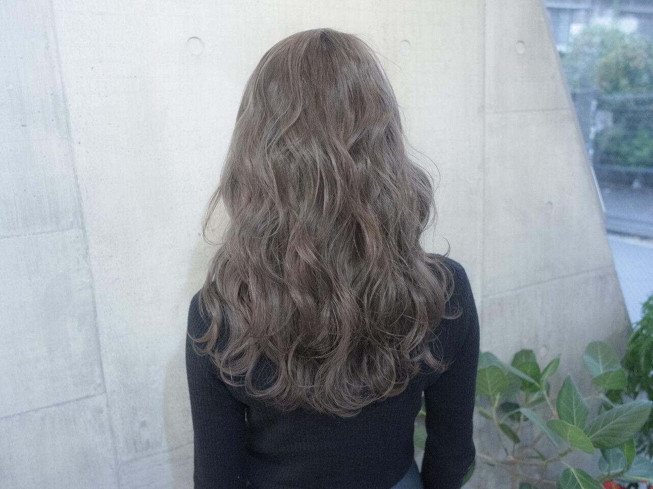 セミロング ゆるふわ 大人かわいい ストリートヘアスタイルや髪型の写真・画像