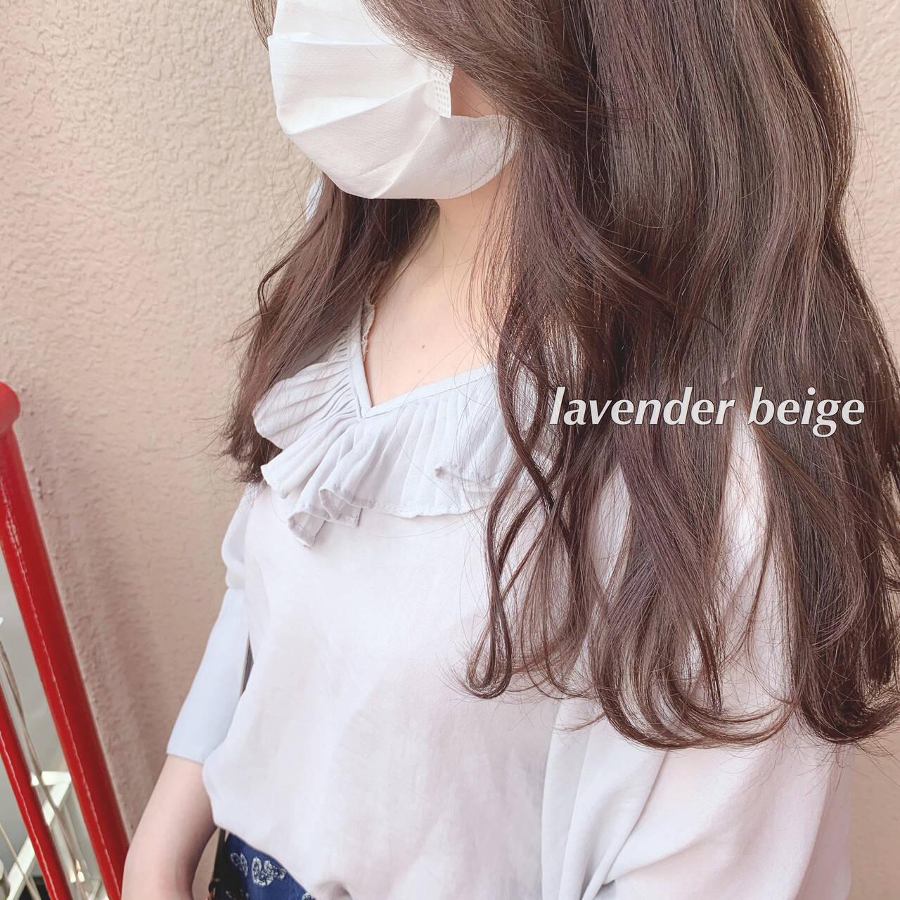 フェミニン 大人可愛い ラベンダーグレージュ ロングヘアスタイルや髪型の写真・画像