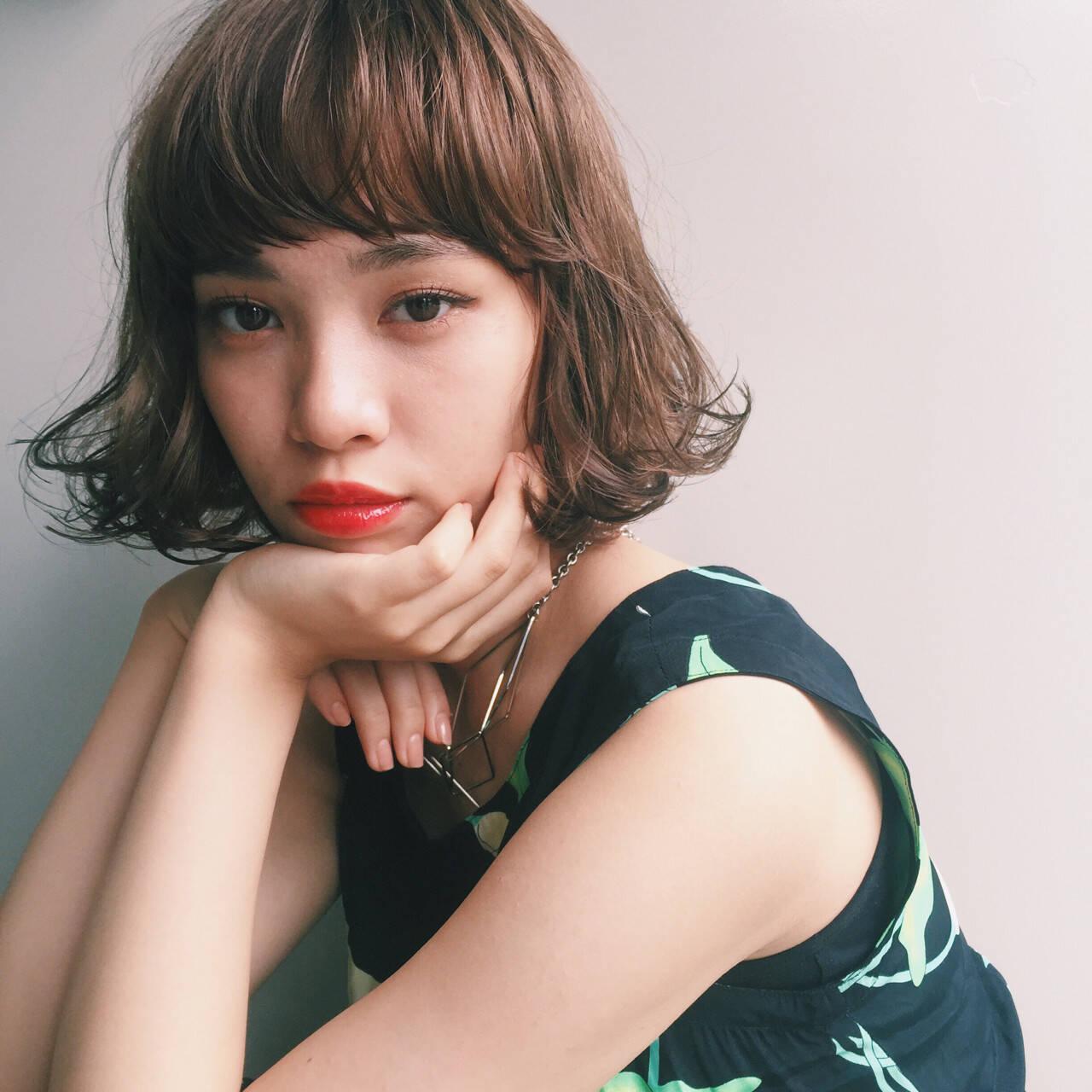 ワイドバング パーマ 大人かわいい ボブヘアスタイルや髪型の写真・画像