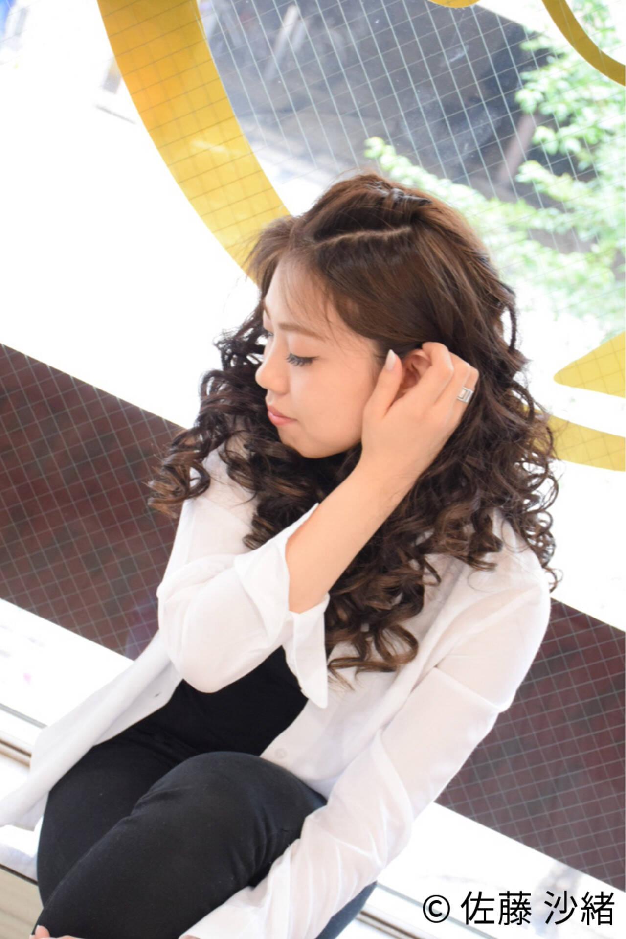 ロング アップスタイル 暗髪 外国人風ヘアスタイルや髪型の写真・画像