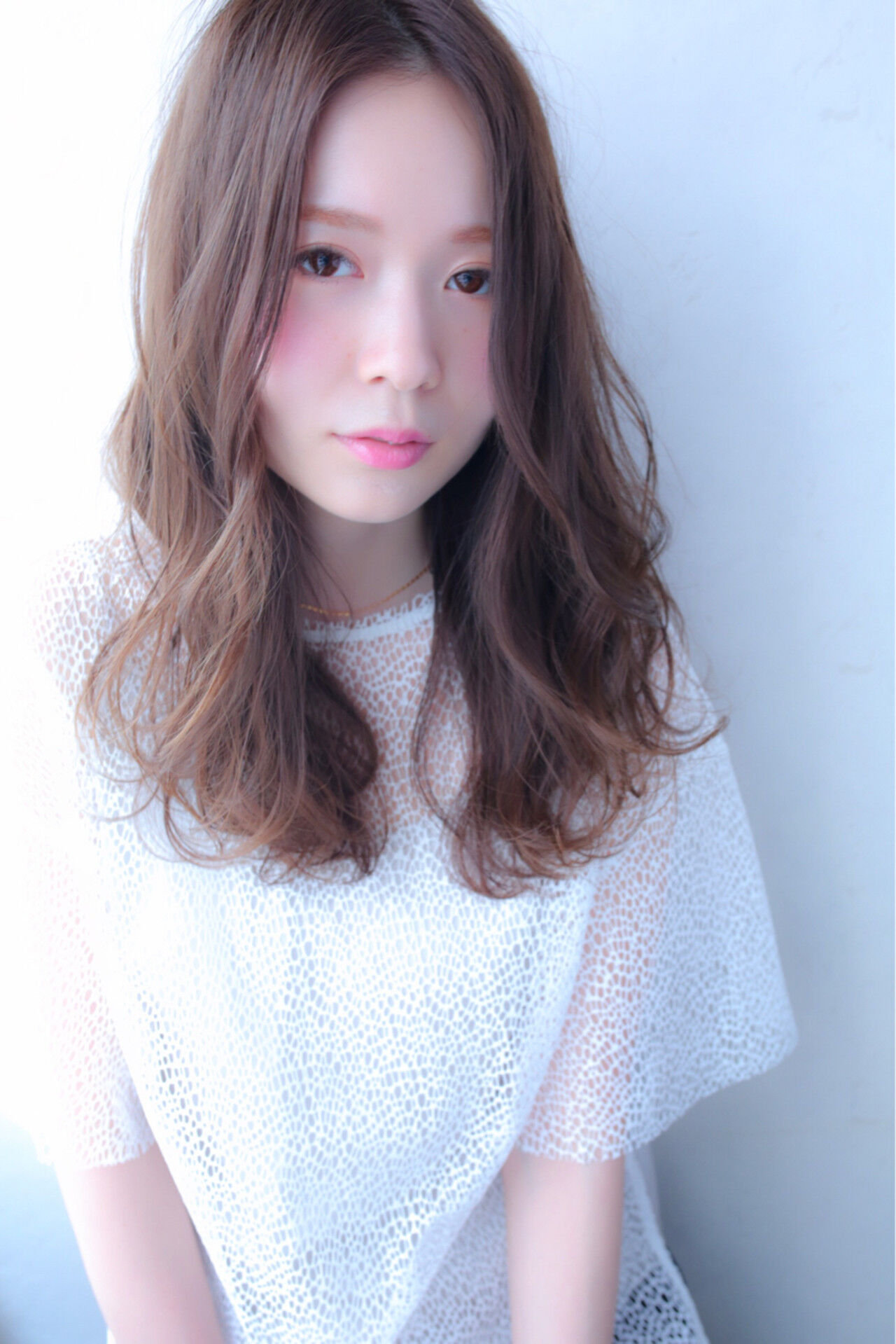 デート ミルクティー 前髪あり 大人女子ヘアスタイルや髪型の写真・画像