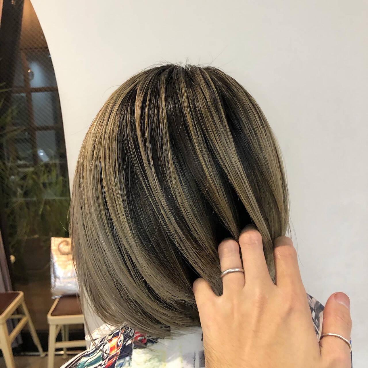 ハイライト 3Dハイライト ホワイトハイライト コントラストハイライトヘアスタイルや髪型の写真・画像