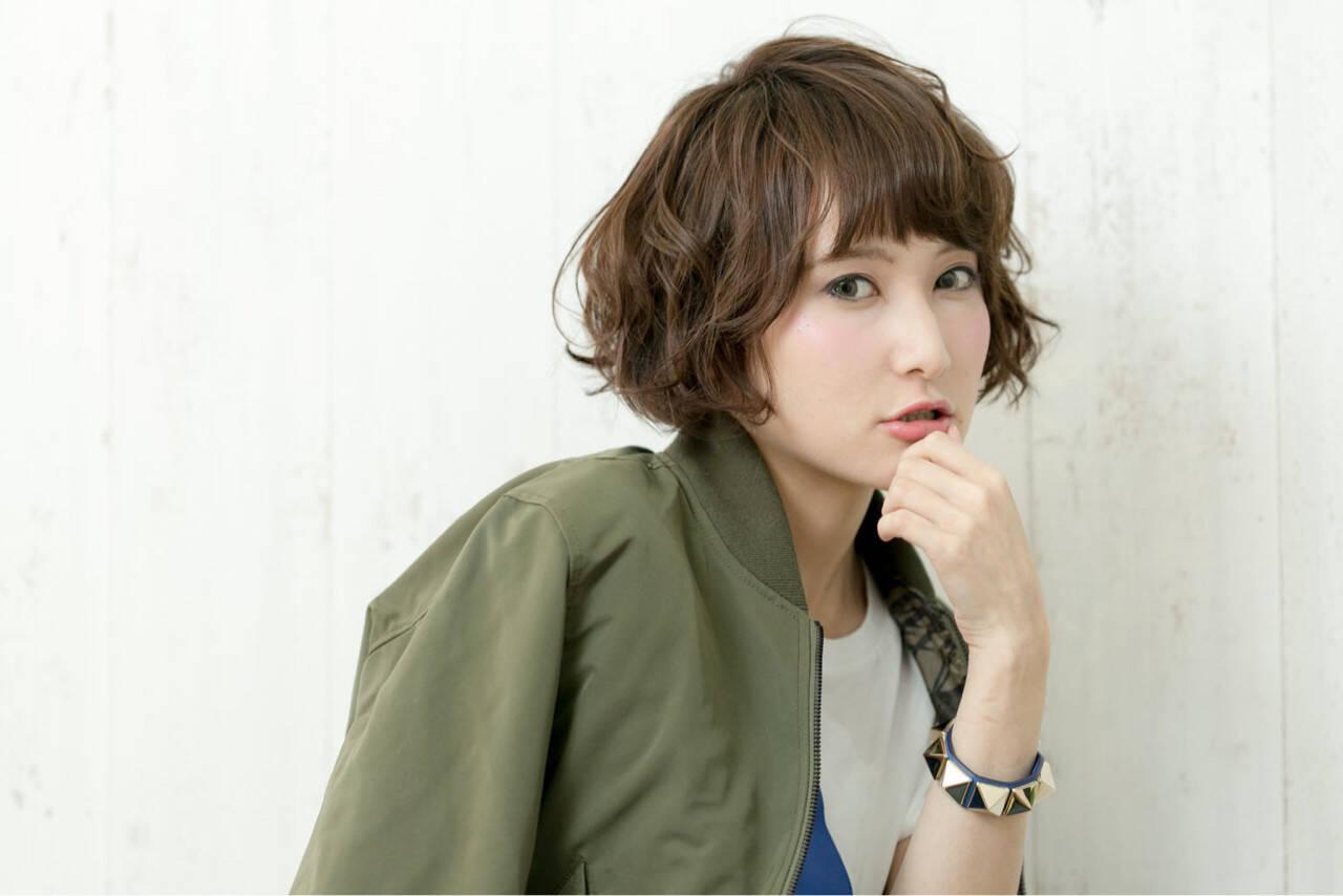 小顔 外ハネ パーマ ショートヘアスタイルや髪型の写真・画像