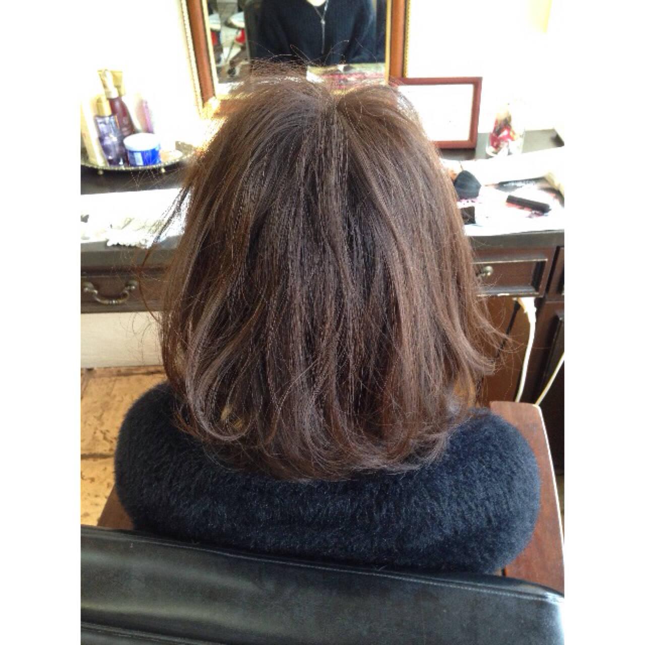 ミディアム ラベンダーアッシュ 外国人風 暗髪ヘアスタイルや髪型の写真・画像