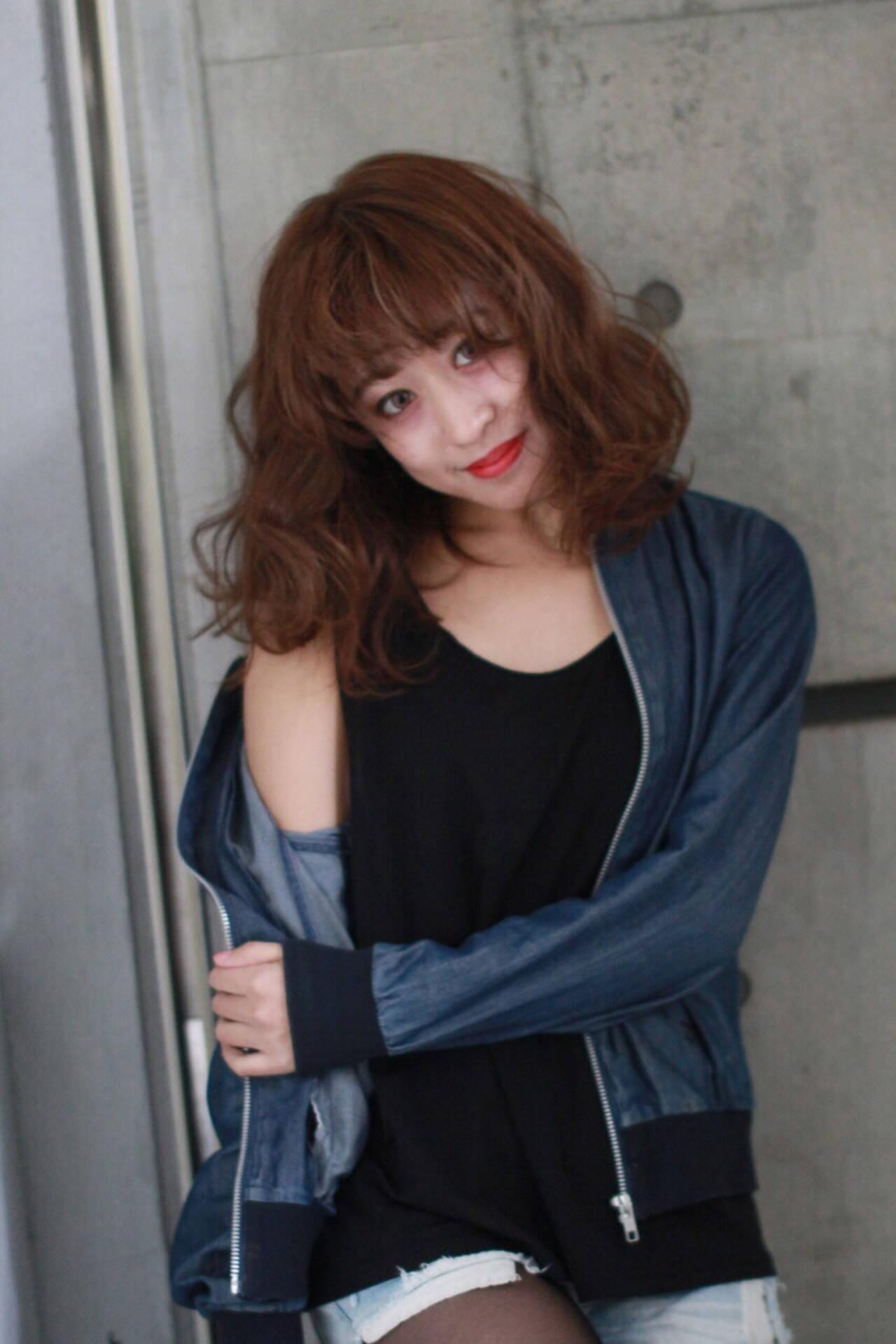 ミディアム ストリート ラフ 外国人風ヘアスタイルや髪型の写真・画像