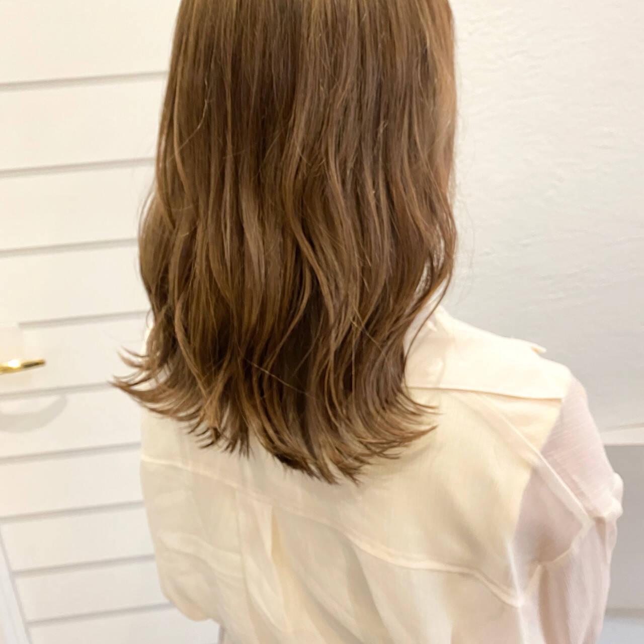 ショコラブラウン アッシュブラウン ブラウンベージュ ナチュラルヘアスタイルや髪型の写真・画像